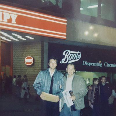 Londra 1979 Yegenim Dr. Haluk Caglar ile